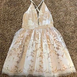 Cream lace and tool summer dress